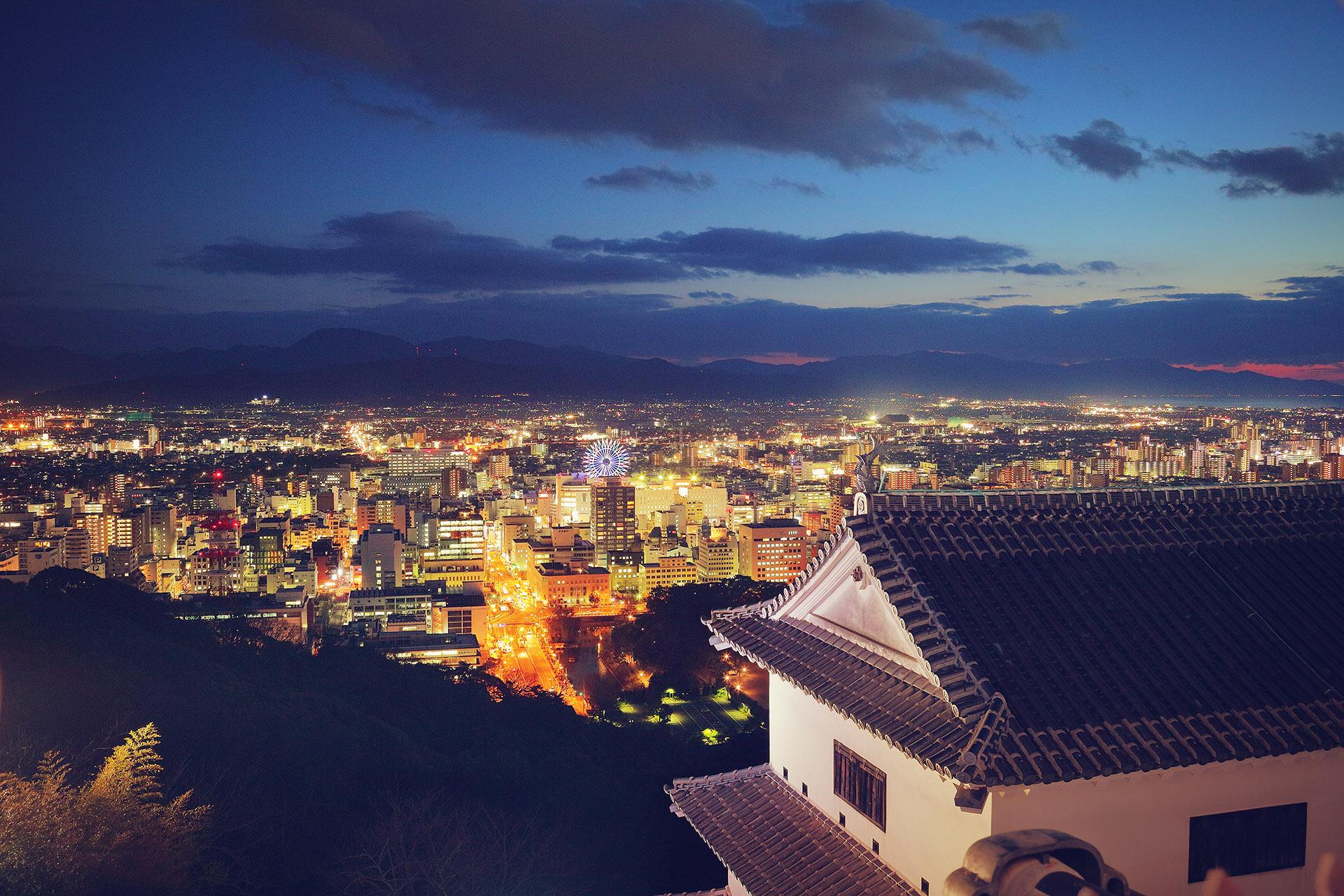 Instagramに「松山城の夜景」の記事を投稿しました